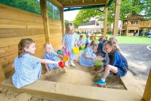 5 benefits of messy play
