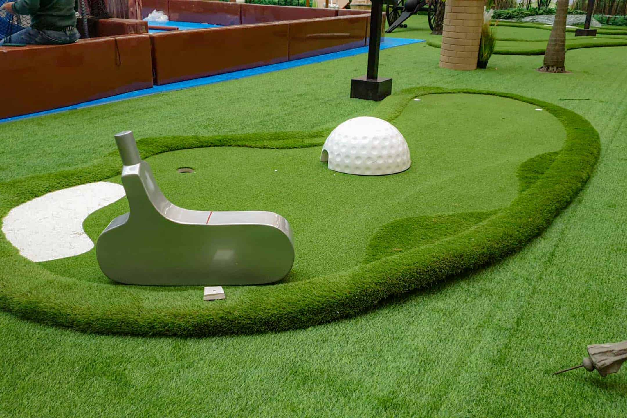 Pop up mini golf img 6